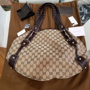 Gucci Pelham Bag New Never Used Lived in closet